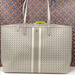 Nwt Tory Burch T zag large tote